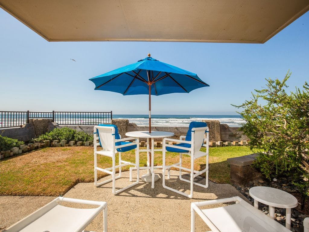 10 Beach-Side Properties That Cost Less for a Weekend Than an iPhone