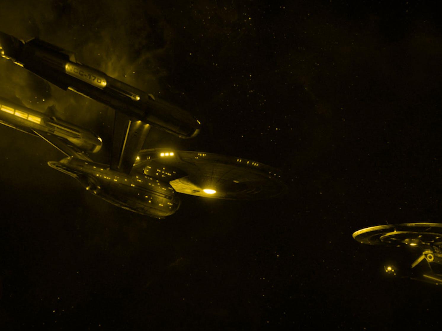 Star Trek Discovery Showrunners Talk Uss Enterprise Canon Inverse