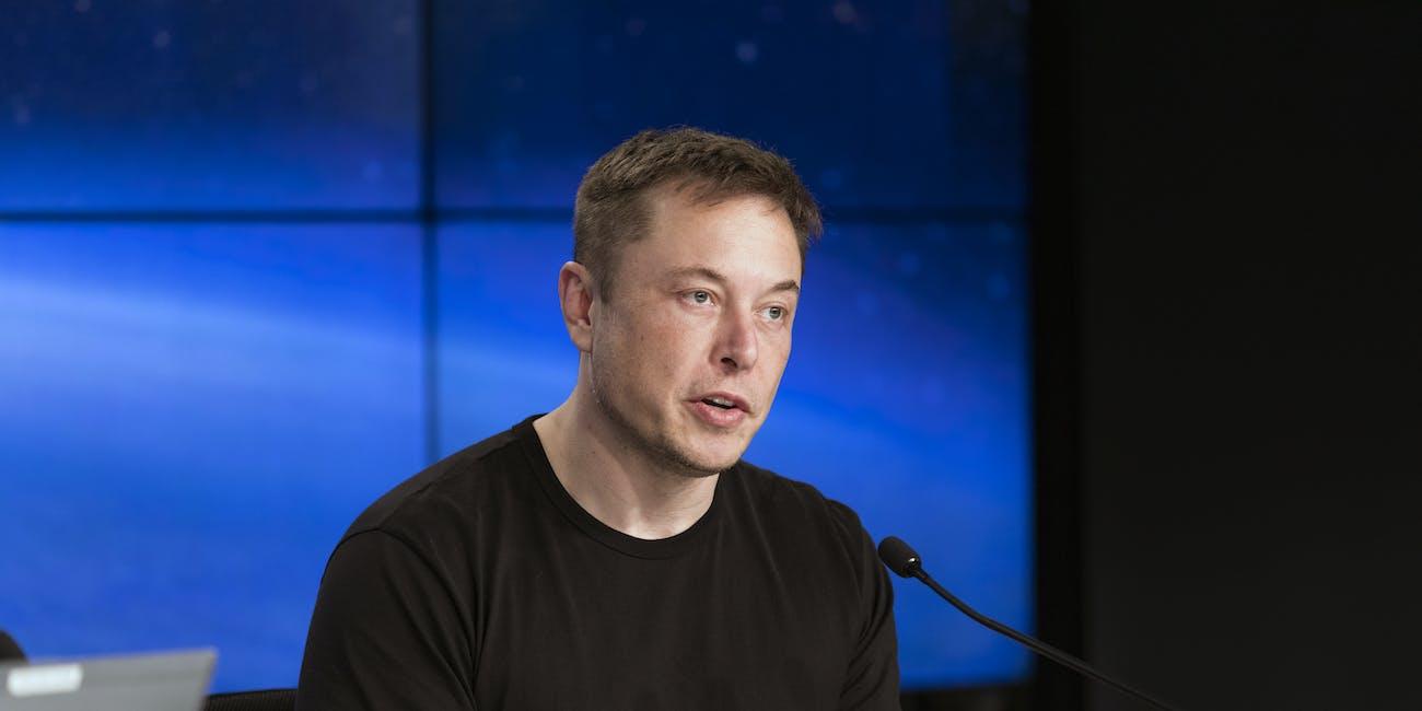 Falcon Heavy first flight press conference 01