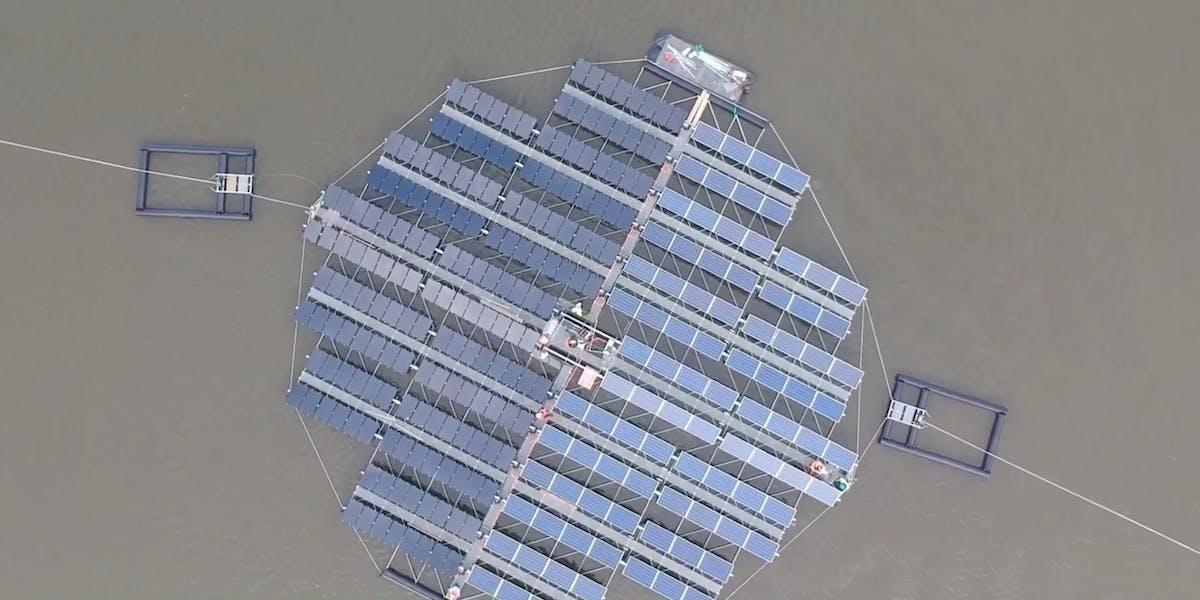 Floating Solar Panels World S Largest Installation To Set