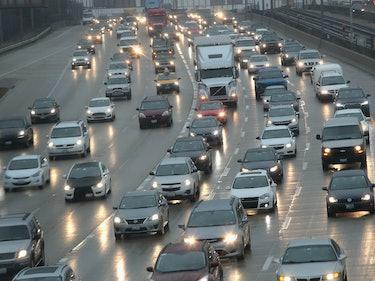 Amazon's Self-Driving Car Patent Hopes to Solve the Reversible Lane Problem