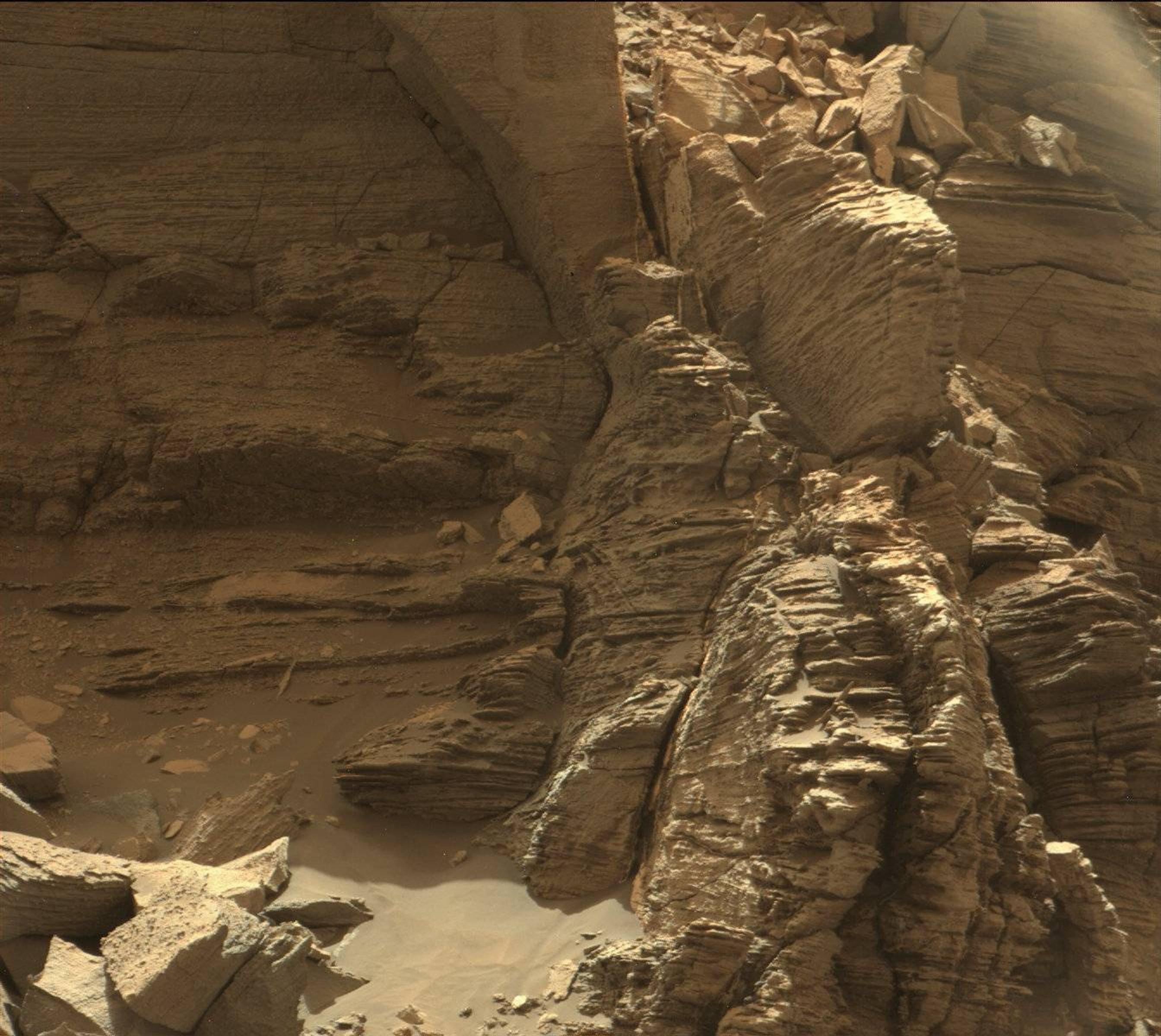 mars canyon nasa - photo #37