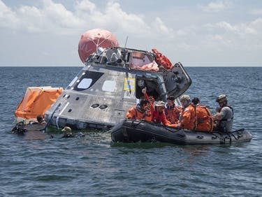 nasa orion gulf of mexico astronaut space