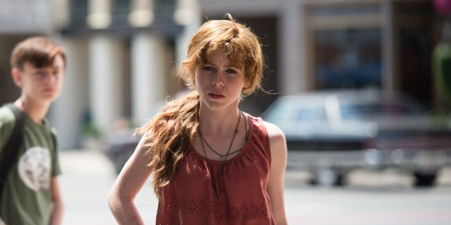 Actress Sophia Lillis as Beverly in 'It' (2017).