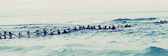beach rescue human chain florida