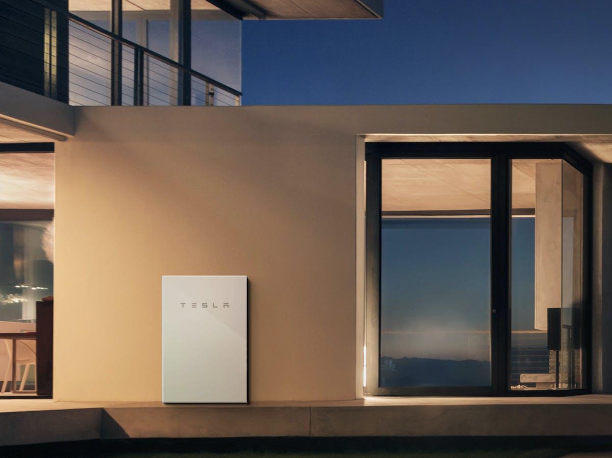 Tesla Powerwall For Sale >> Tesla Powerwall Puerto Rico Powerwall Owner Calls On Elon Musk For