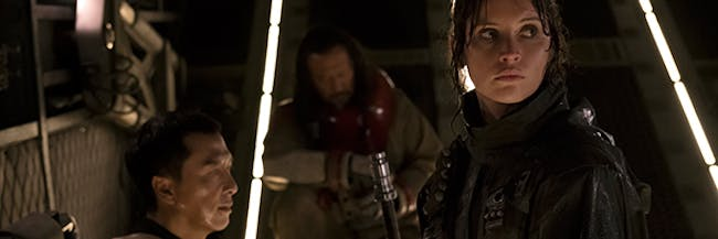 Donnie Yen posted an instagram photo of a deleted scene featuring Chirrut praying with Jyn Erso in 'Rogue One'