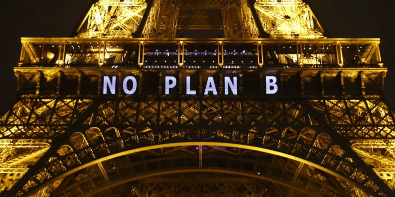After the Paris Agreement was initially agreed upon in 2015, the Eiffel Tower bore this message.