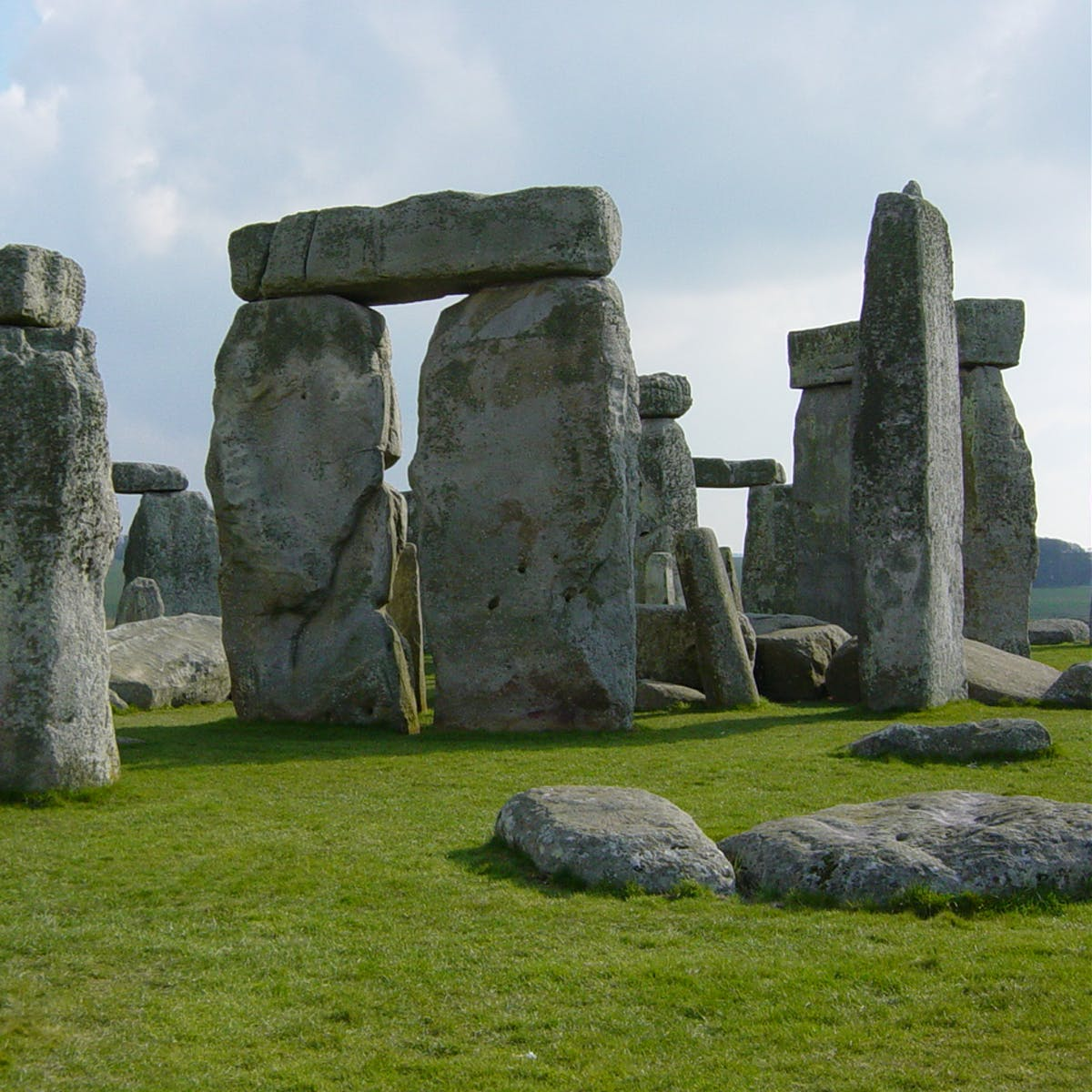 How Stonehenge Architects Used Pythagoras' Theorem for the Mysterious Structure