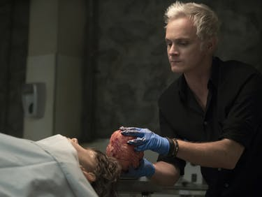'iZombie' Gets Back on Track in Fast-Paced Season 3 Premiere
