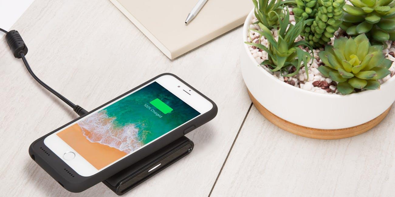 incipio wireless charing case