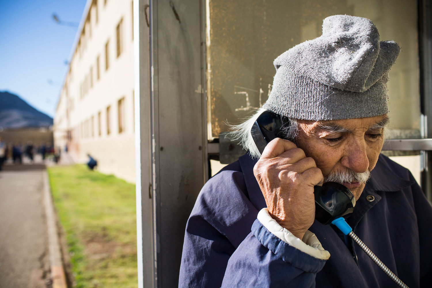 Prison inmate calling companies - Prison Phone Company Securus Denies Violating Inmate Rights With Call Recordings Inverse