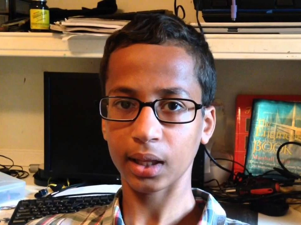 Teen Clock-Maker Ahmed Mohamed Traveling to New York Maker Faire Convention