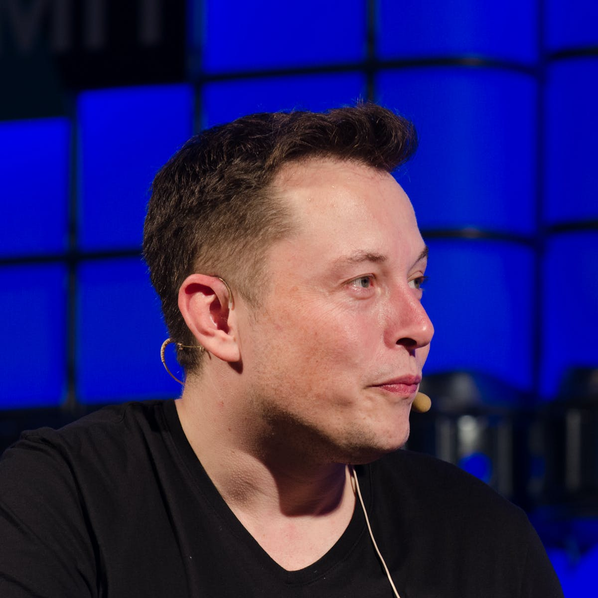 Tesla: Elon Musk Reveals When Electric Cars May Reach Their Tipping Point