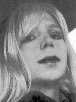 Military officials have agreed to provide Chelsea Manning with gender transition surgery.