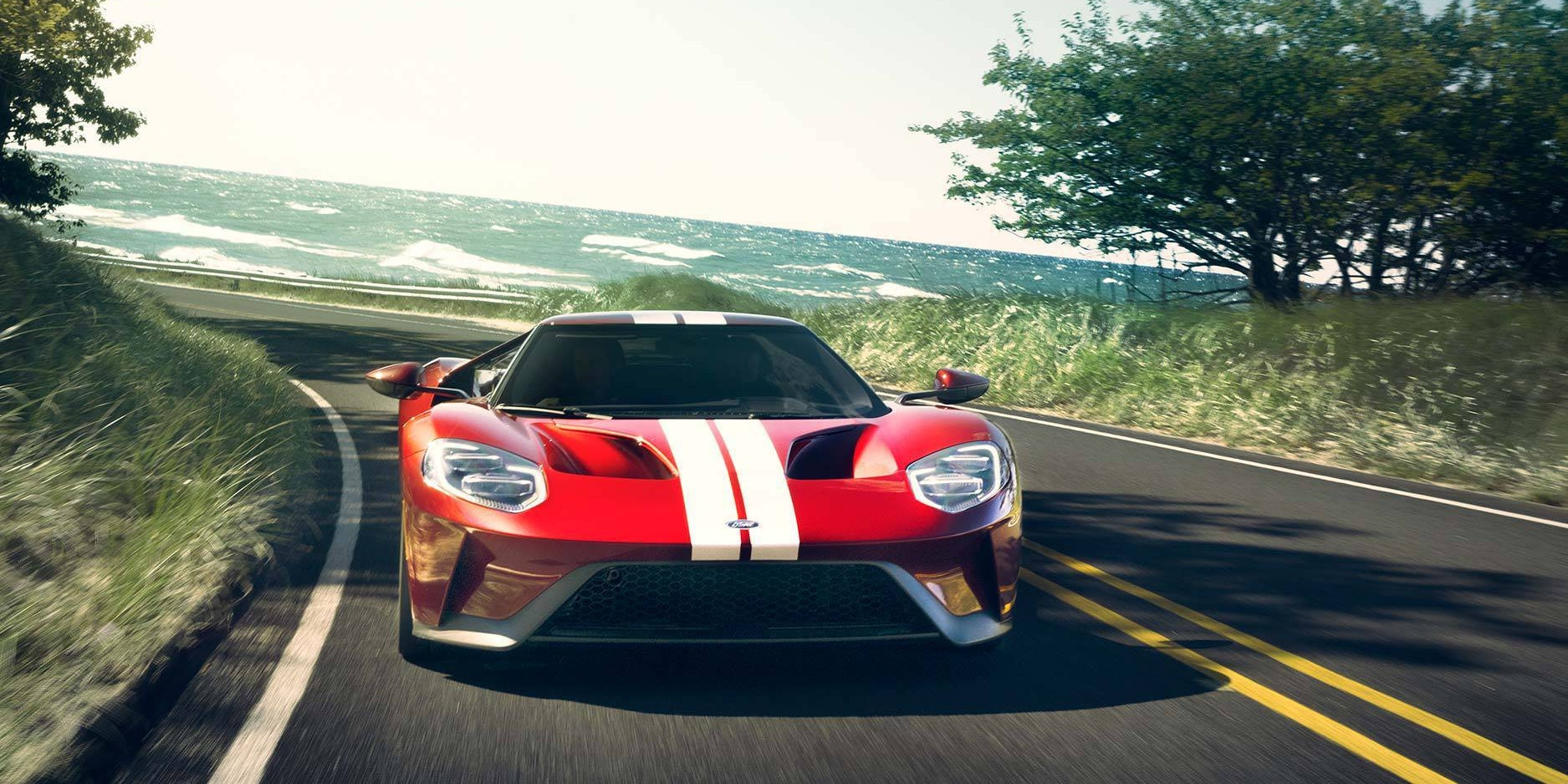 Aerodynamic Physics And A Monster Engine Make Ford Gt The Fastest Ever