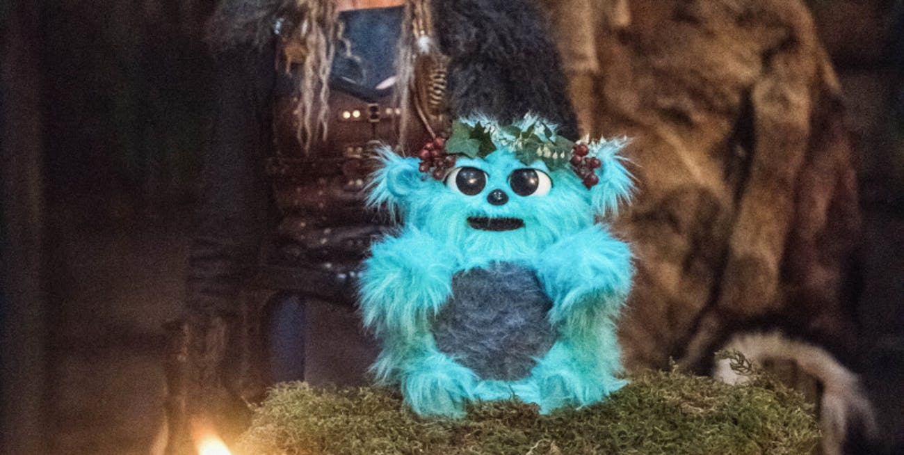 Beebo is the ruler of the Old World, but what happens when he runs out of batteries?