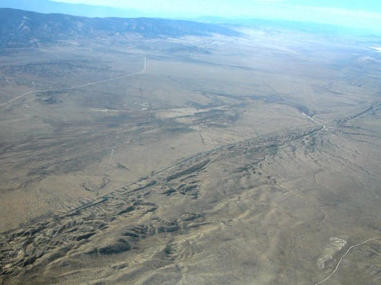 Movement Along the San Andreas Just Triggered Media Tremors, Headline Quakes