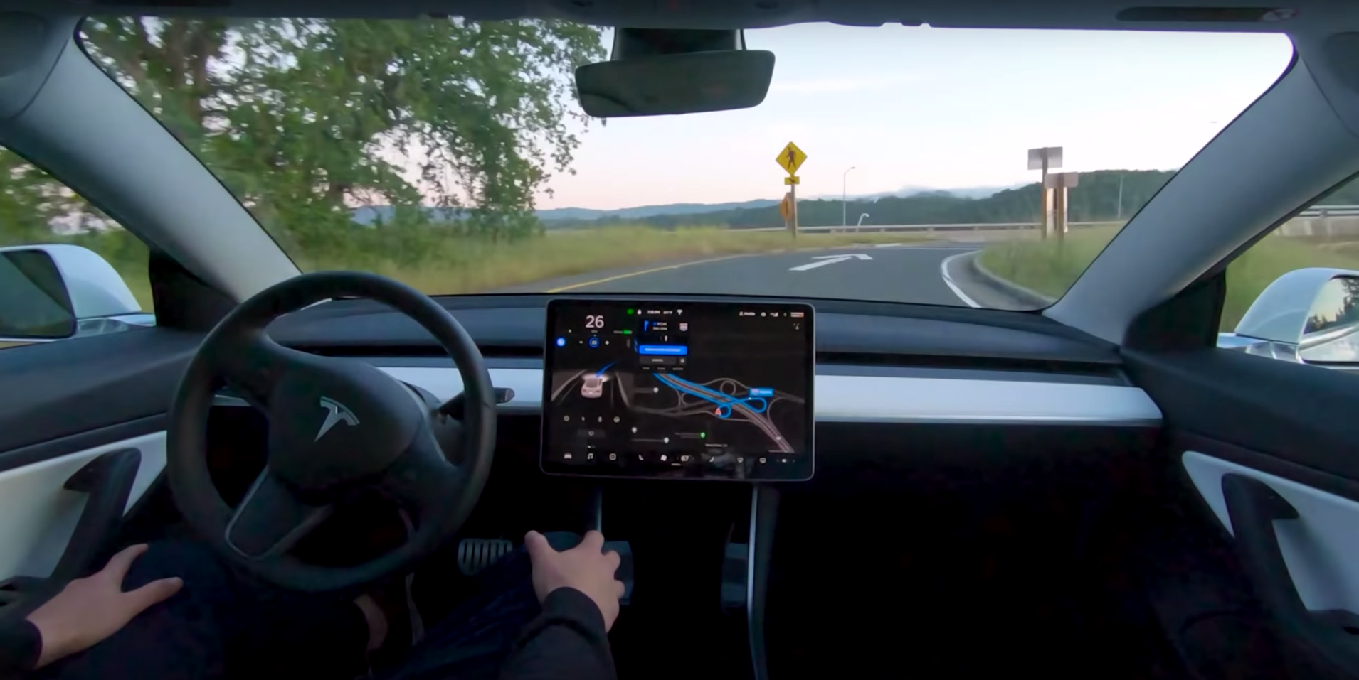 New Tesla Video Shows a Full Self-Driving Car, Powered by Neural Networks
