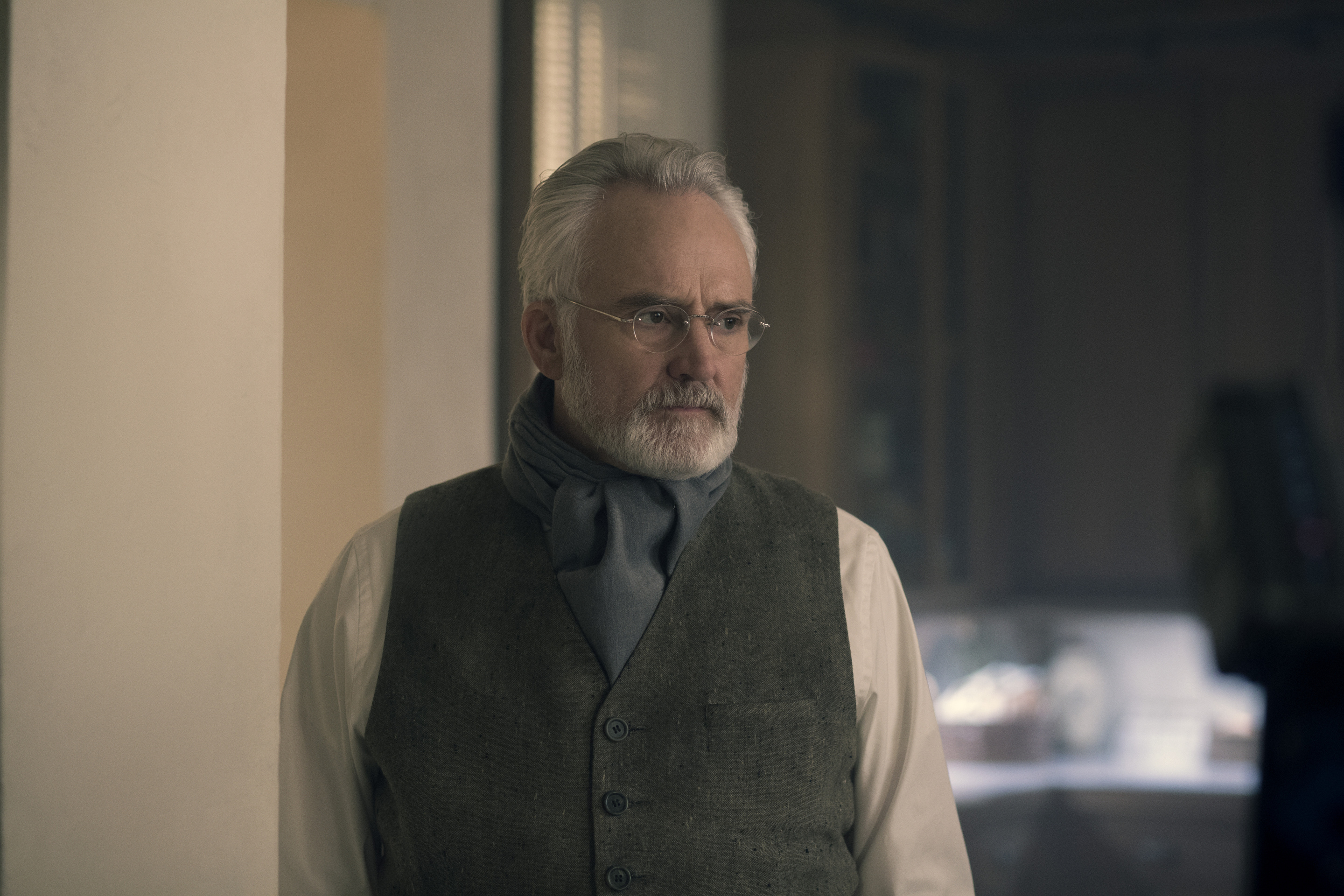 Handmaid's Tale' Season 3 Episode 12 Spoilers: What Will Lawrence Do