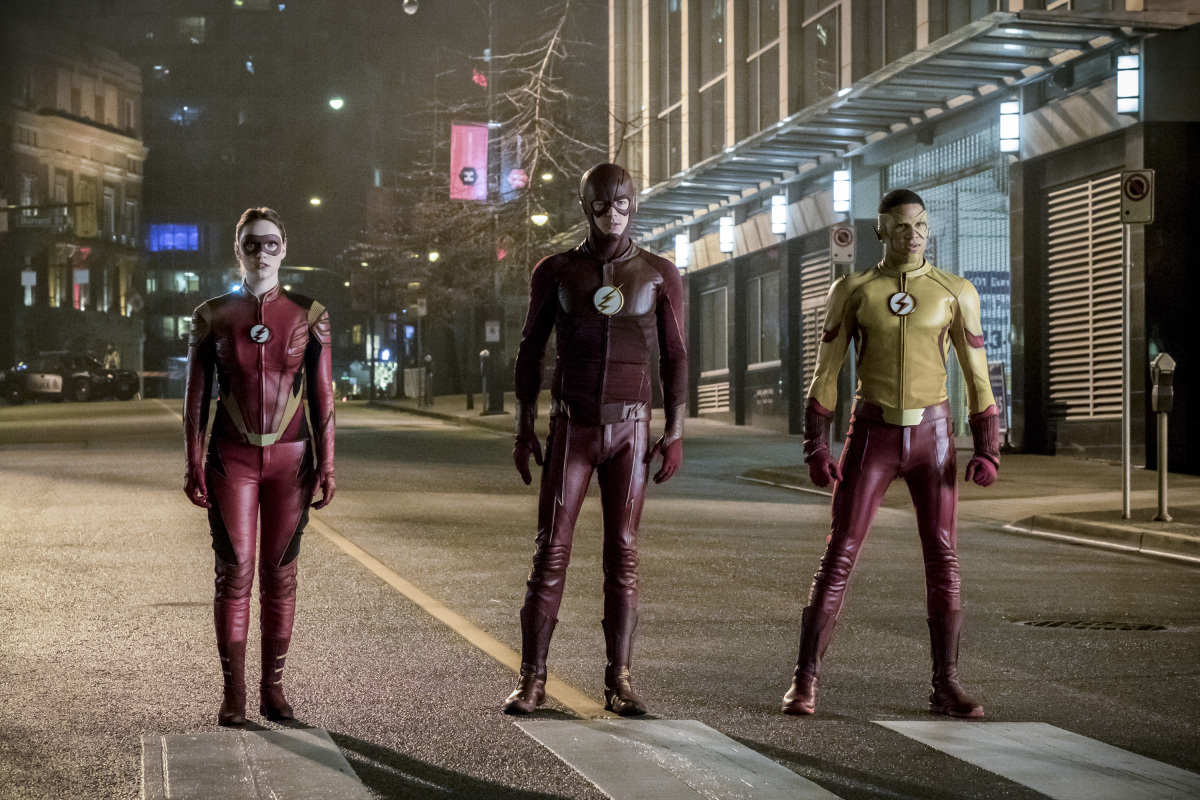 'The Flash' Season 4 Spoilers: Grant Gustin Spotted Wearing New Suit