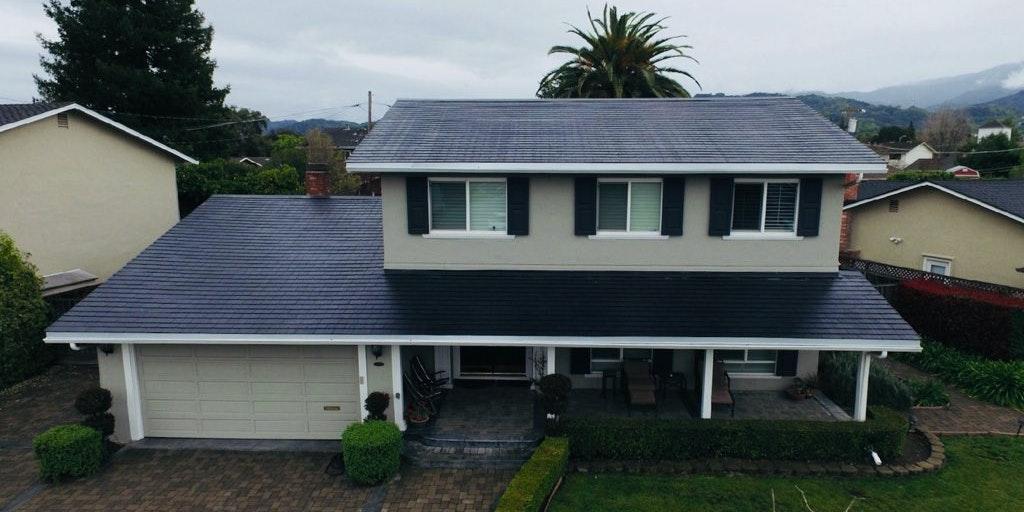 Tesla Solar Roof Buyer Tells Us First Impressions of Elon Musk's Tiles