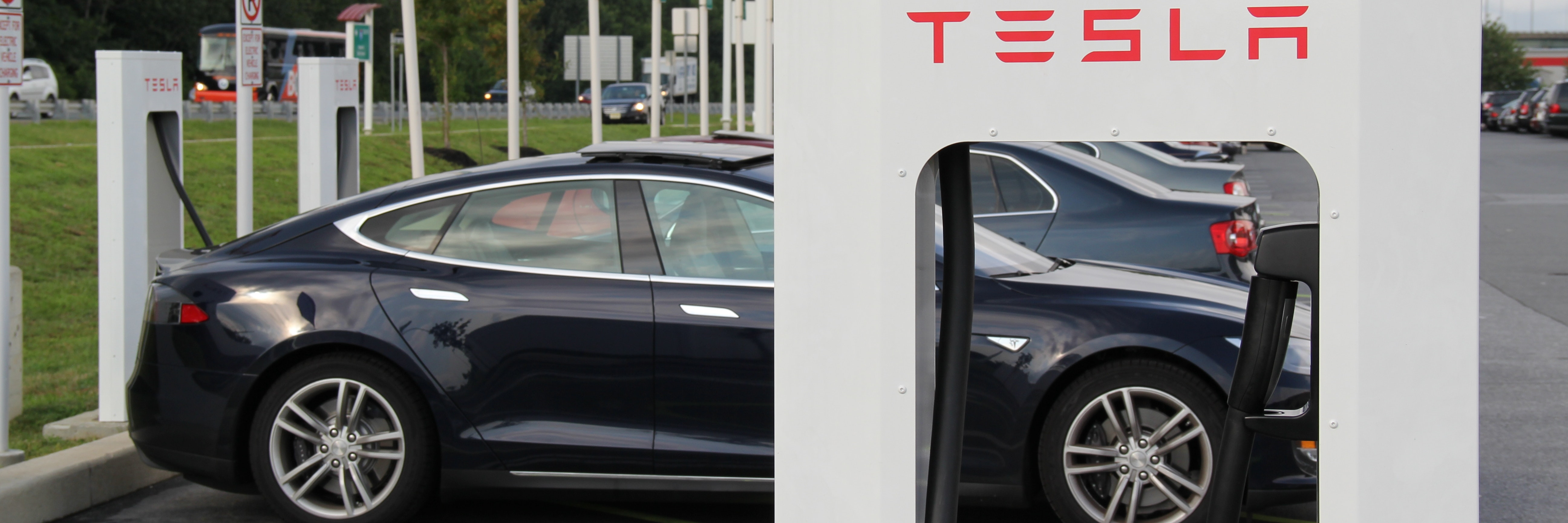 Tesla S In Car Supercharger Updates Will Beat Range