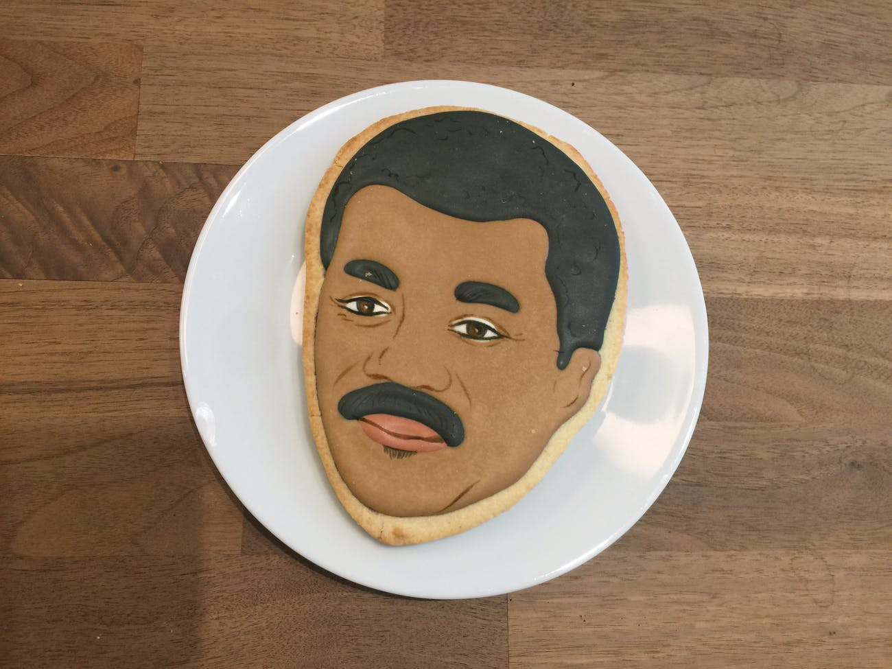 Neil deGrasse Tyson's head, as a cookie.