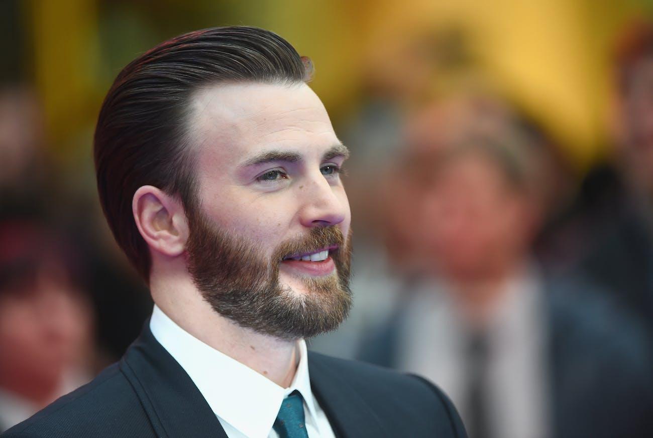 LONDON, ENGLAND - APRIL 26: Chris Evans arrives for UK film premiere 'Captain America: Civil War' at Vue Westfield on April 26, 2016 in London, England (Photo by Ian Gavan/Getty Images)