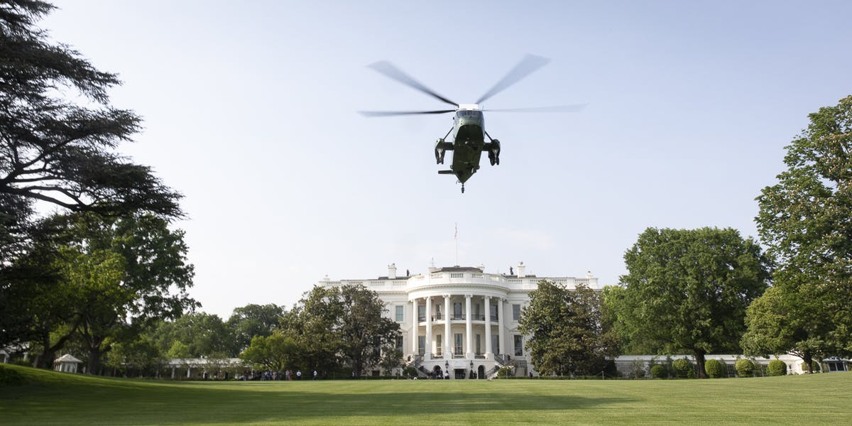 Marine One | May 14, 2018 (Official White House Photo by D. Myles Cullen)