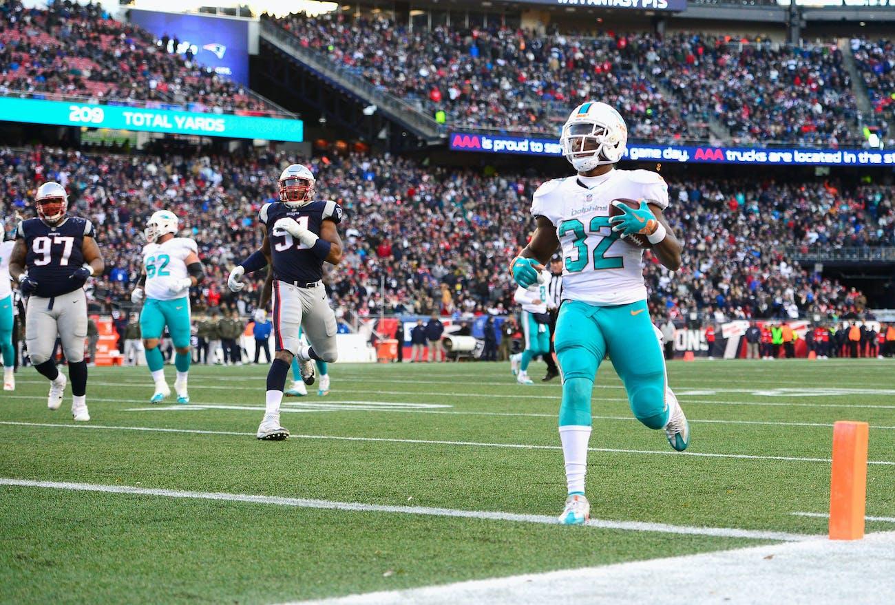 f40bbb95 Who Will Win New England Patriots vs. Miami Dolphins? A.I. Predicts ...