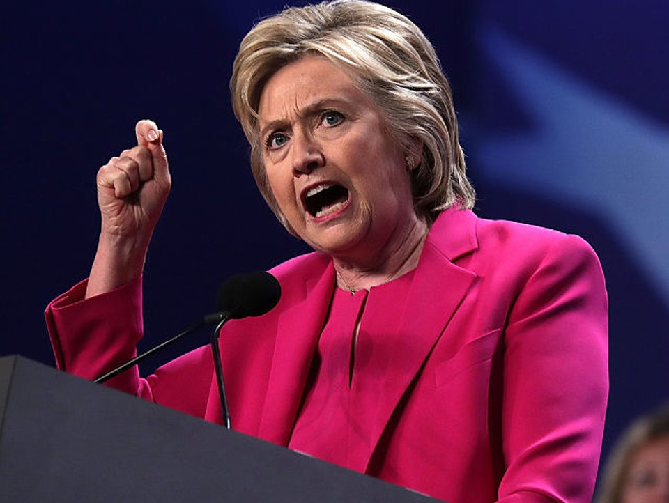 Hillary Clinton and her signature gesture.