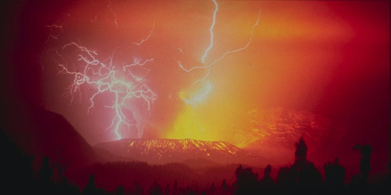 1982 eruption Galungung