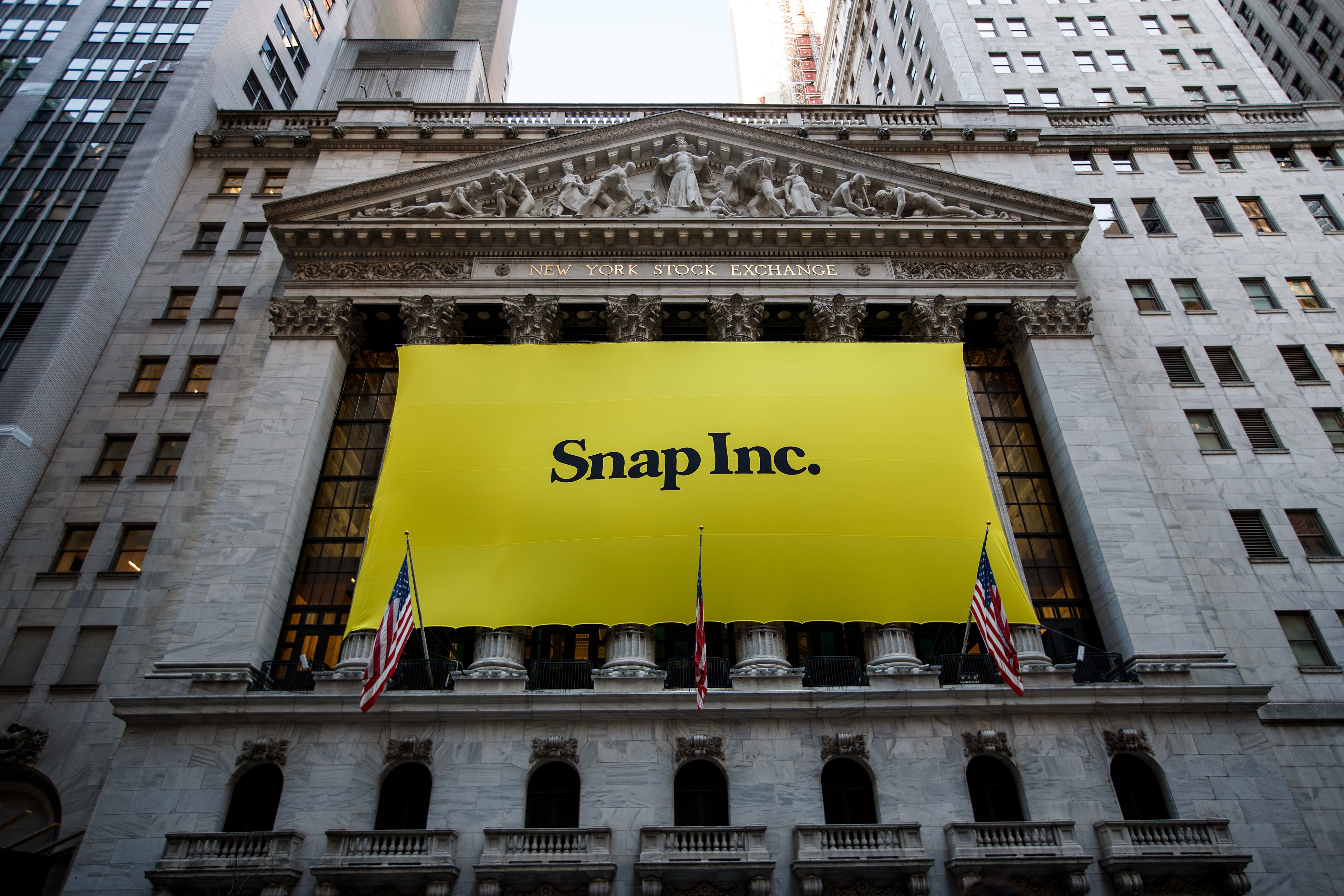 Snap Q1 earnings report: users grow but shares drop