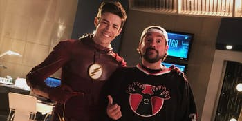 Kevin Smith poses with Grant Gustin on the set of 'The Flash'.