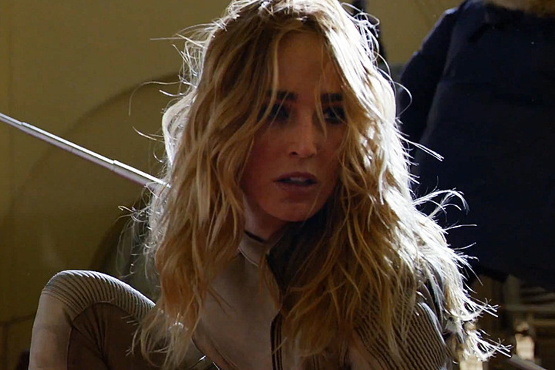 Caity Lotz plays Sarah Lance, aka White Canary.