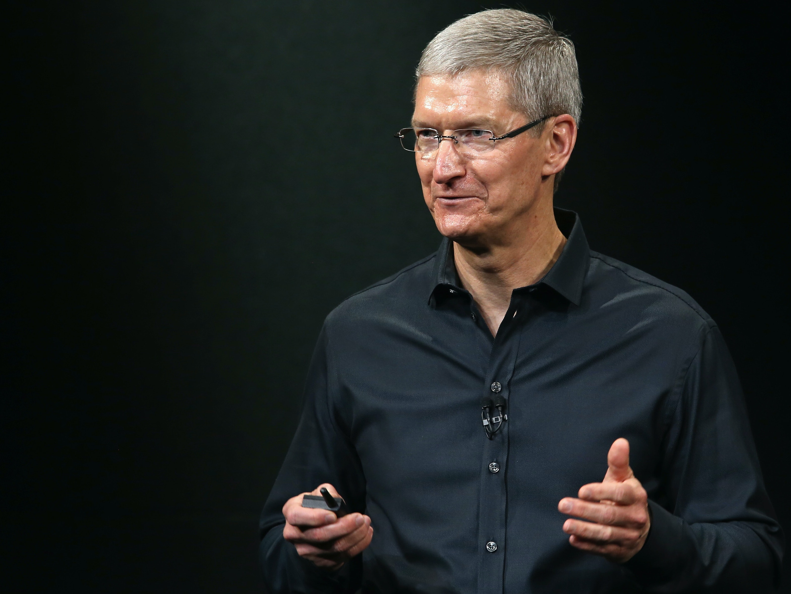 Apple CEO Tim Cook: Future iPhone A.I. Will Boost Battery Life