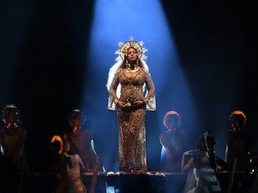 Beyoncé's Regal Grammy Performance Was Visually Stunning
