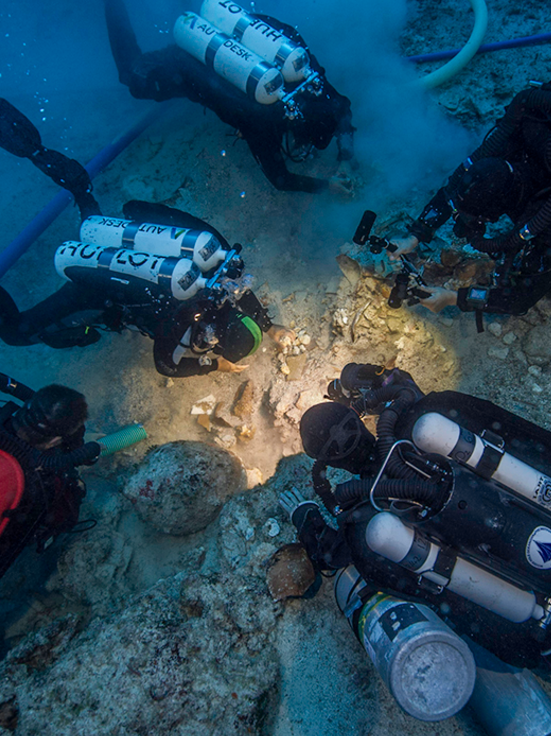 Antikythera wreck skeleton DNA