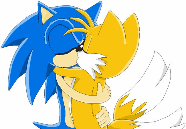 sonic and tails kiss