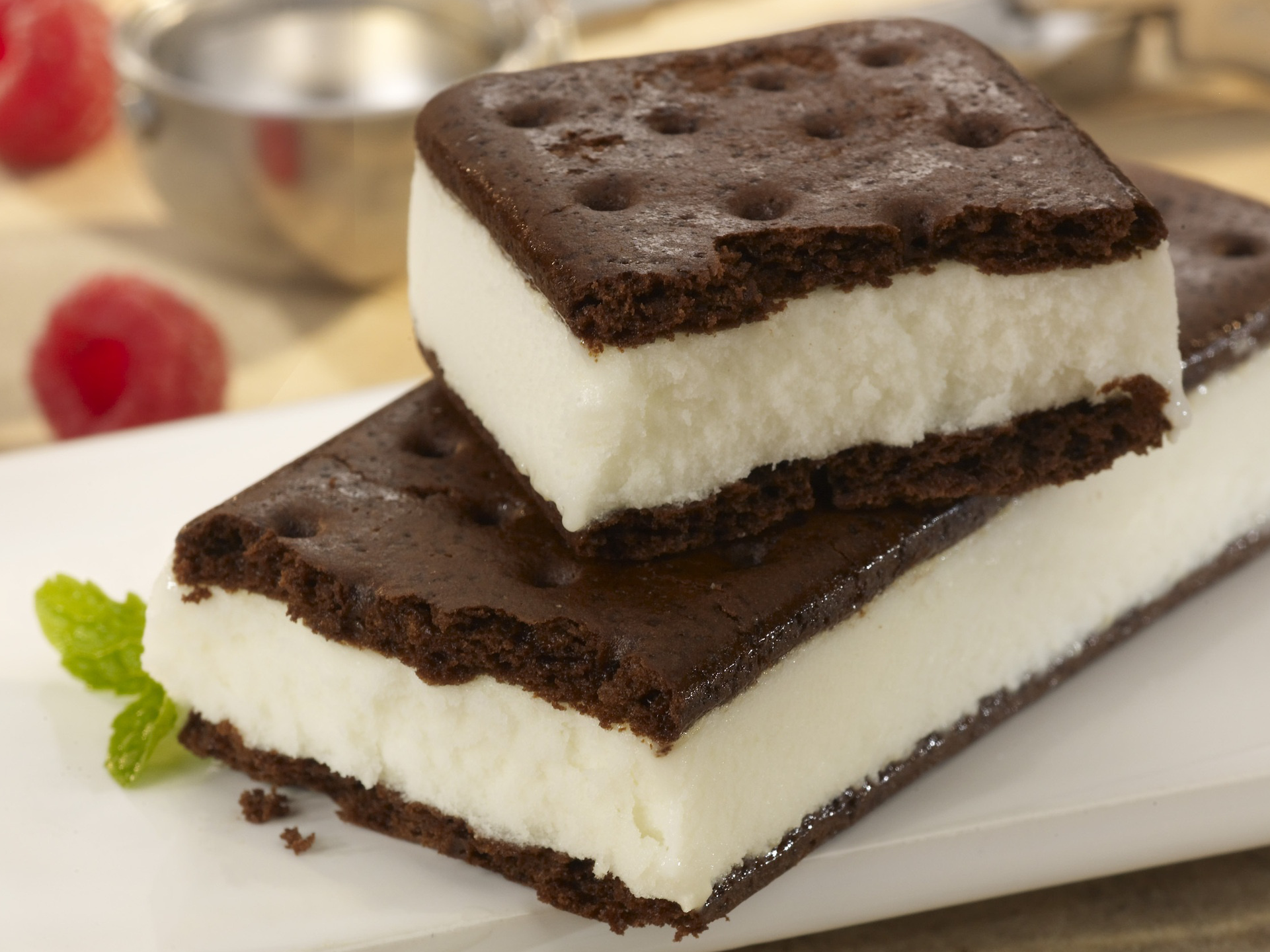 Ice Cream Sandwiches Don't Melt Because Milk Fat Is Strong Like America