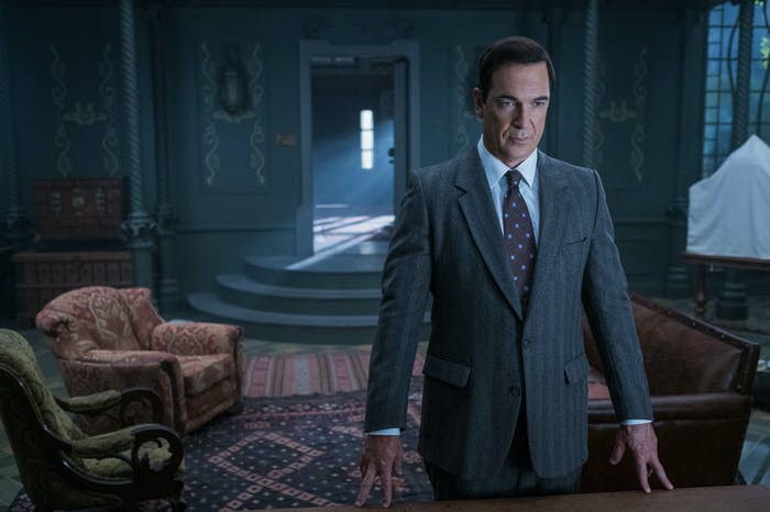 Patrick Warburton plays Lemony Snicket as the narrator in Netflix's 'A Series of Unfortunate Events.'