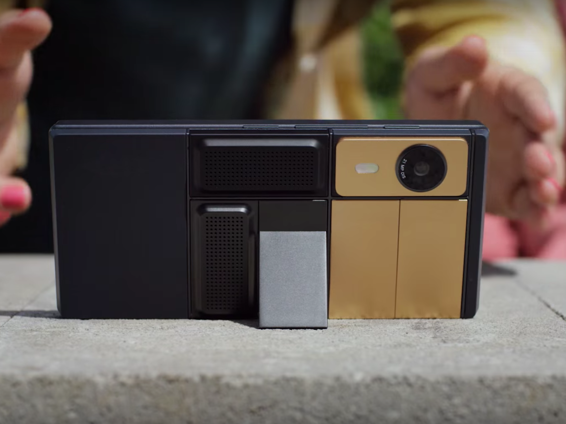 7 Specialized Uses for Google's Ara Modular Phone Coming in 2017