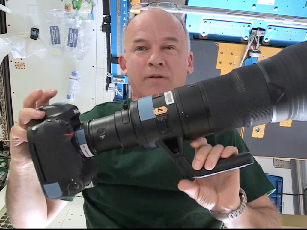 How NASA Trains Its Astronauts to Be Professional Space Photographers