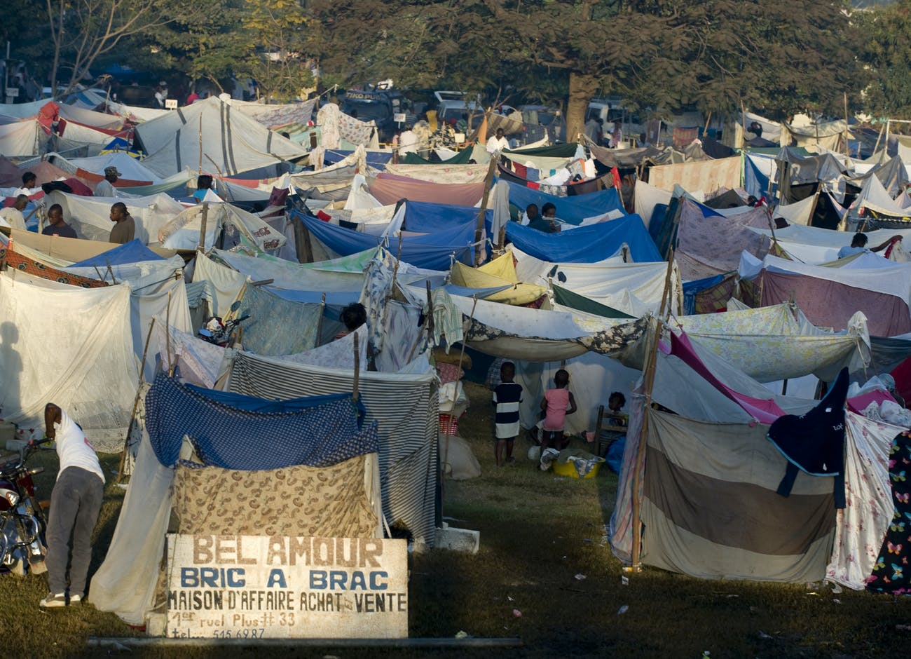 Haiti earthquake shelters