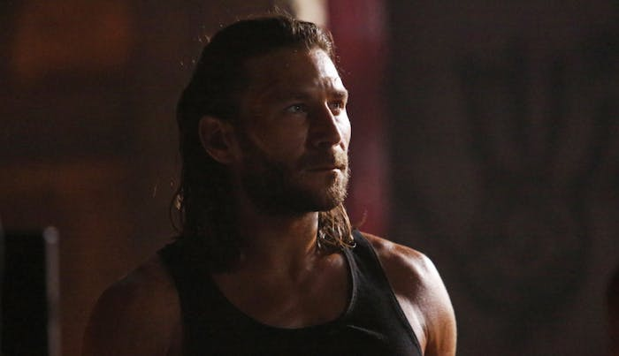 Zach McGowan in 'The 100' Season 4