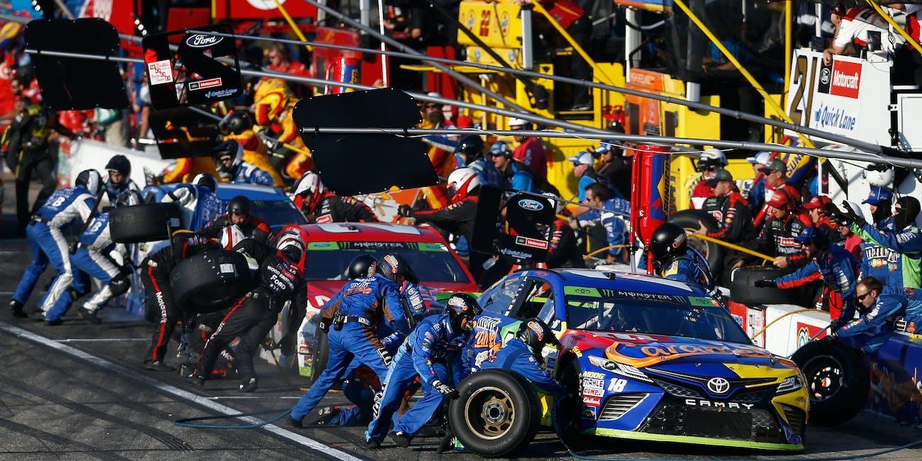 pit-crew