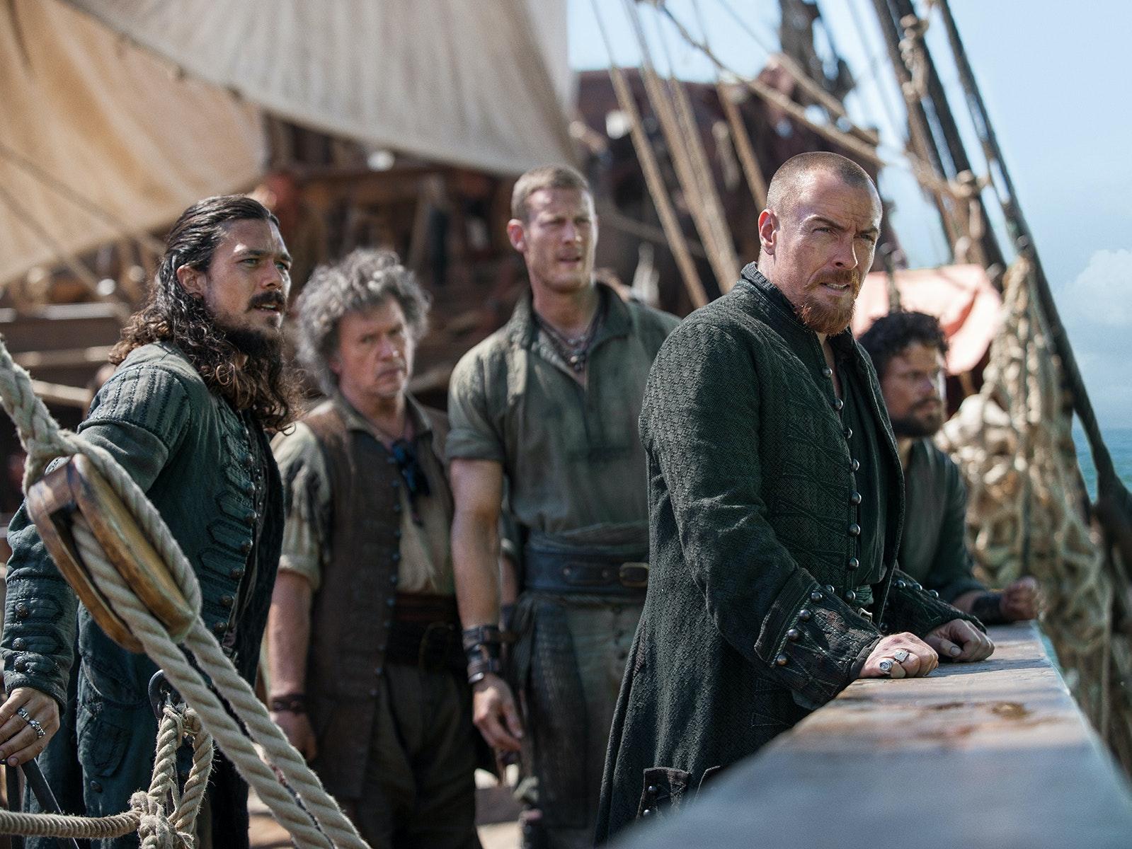 'Black Sails' Peg-Leg Curb Stomps Us Into John Silver's Rise