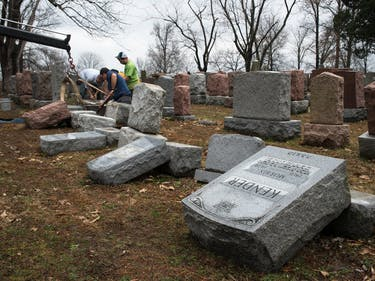 Muslim Community Raises Over $85,000 to Repair Vandalized Jewish Cemetery