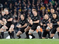 New Zealand rugby team roaring